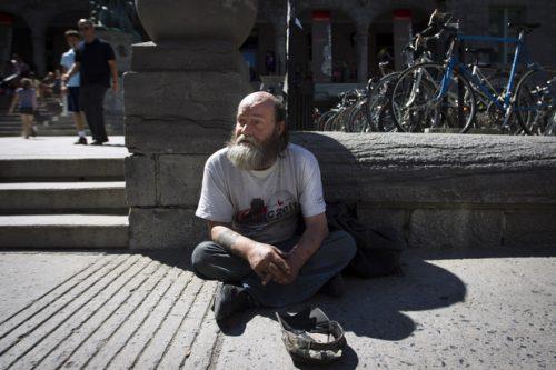 DEA12 0711 Homeless 03
